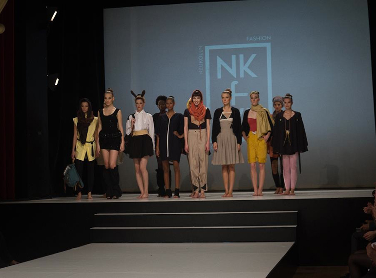 15Catwalk_grouppic02
